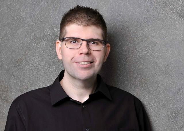 "[""15.000 Clients- und vielen Hundert Windows-Serversysteme"" -- Systemadministration André Hermanns]"